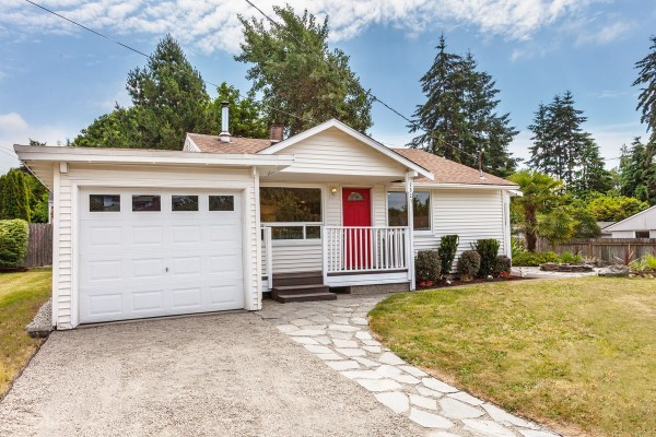 Gregory Heights - Burien, Wa. Front View